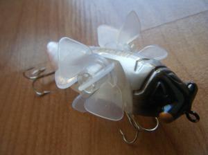 megabass daiwa live'n cicada